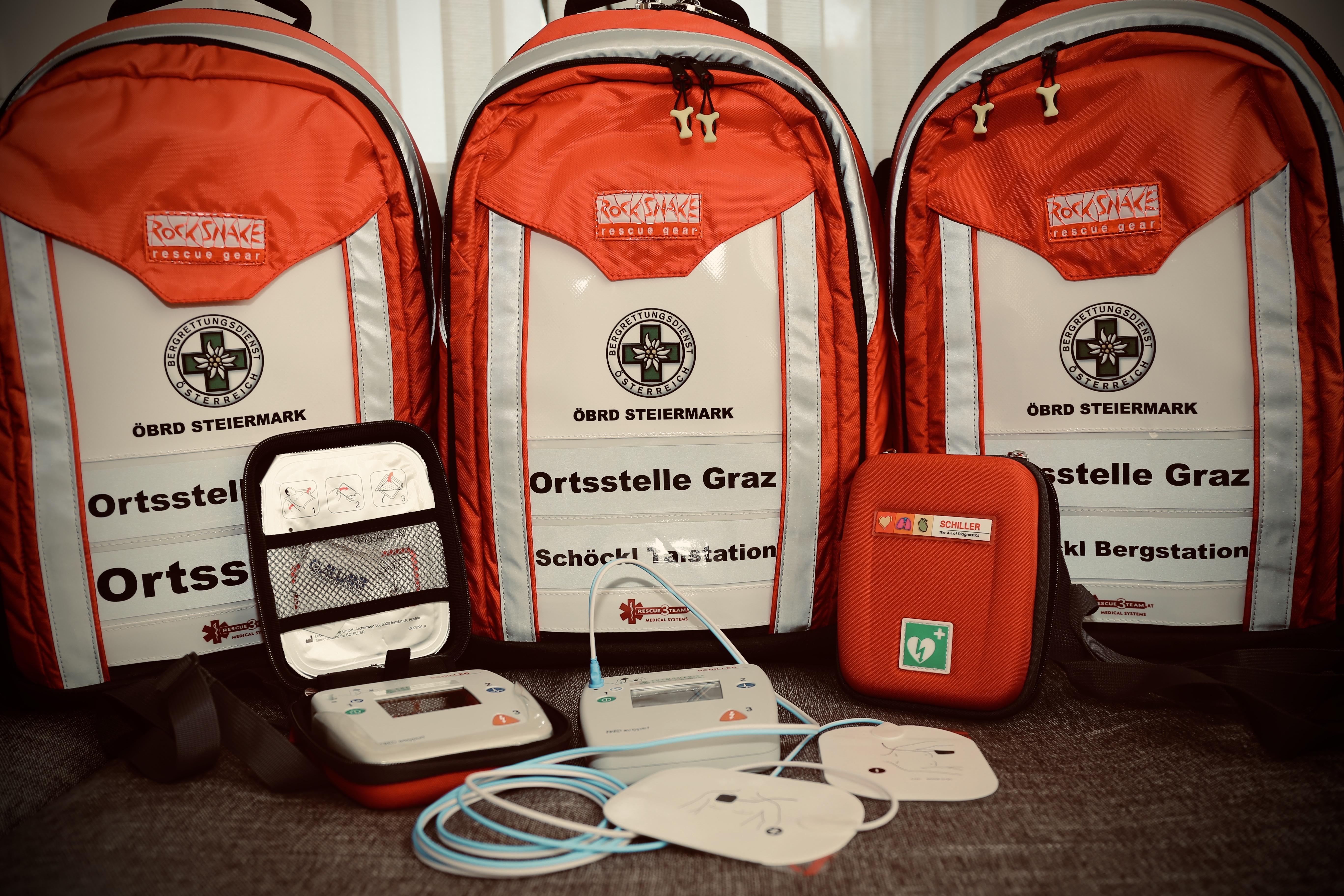 Ortsstelle Graz wird von Magna Steyr mit zwei Defibrillatoren ausgestattet