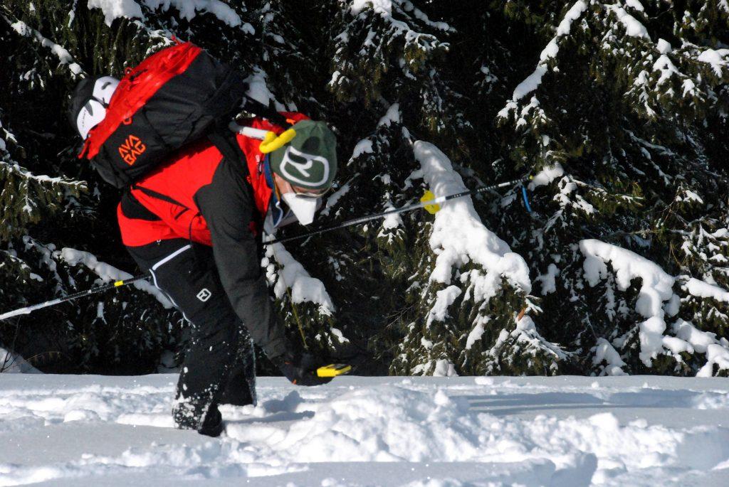 bergrettung-steiermark-kameradenrettung-lvs-suche-ausbildung-winter-2021-(c)-Markus_Hackl-1.