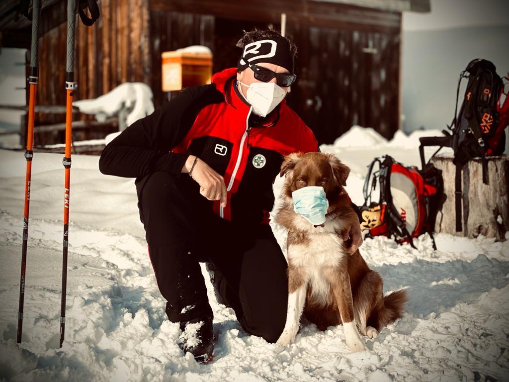 Bergrettung-Steiermark-Lawinensuchhund-Lucy-Matthias-Seper-Weiz-2