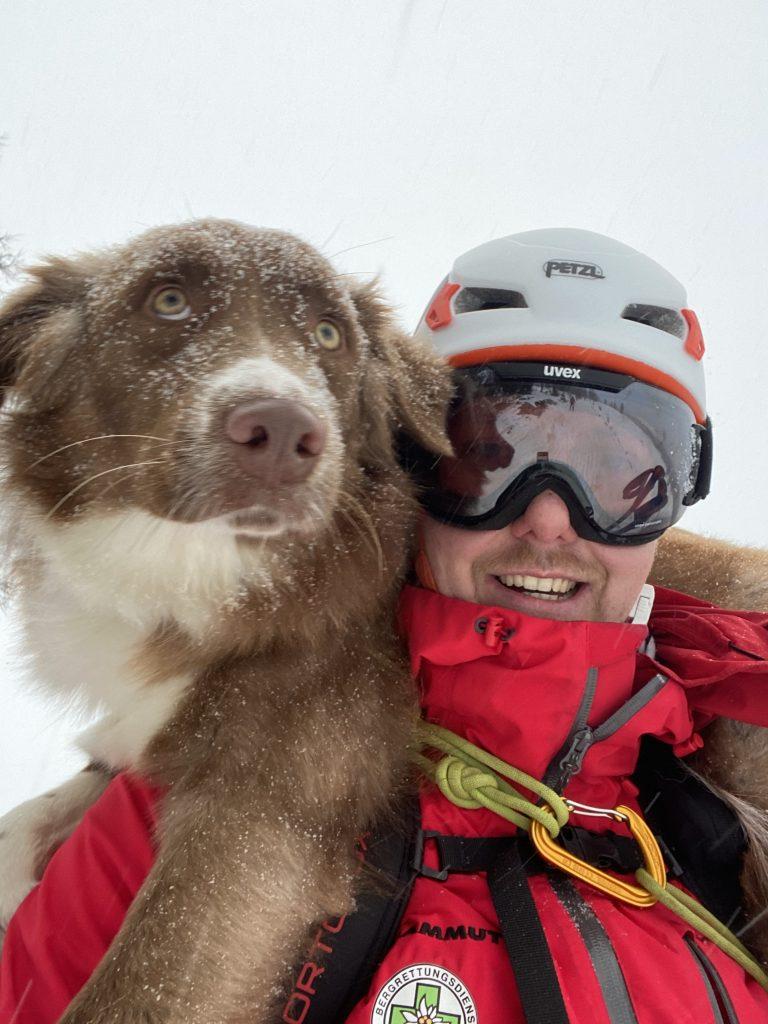 Bergrettung-Steiermark-Lawinensuchhund-Lucy-Matthias-Seper-Weiz_7149